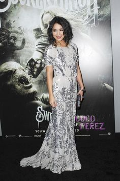 Vanessa Hudgens dressed to the nines for the Hollywood premiere of her new film Sucker Punch.  The 22 year old slinked down the black carpet in a sequin...