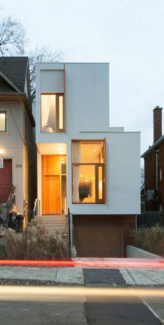 House in Toronto by Architect Nima Javidi and associates Hanieh Rezaie and Behnaz Assadi