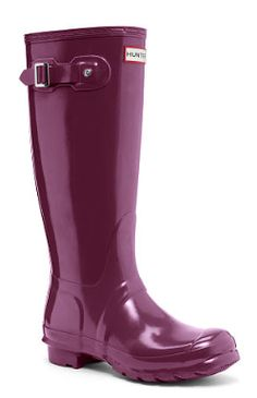 purple glossy rain boots http://rstyle.me/n/qtpd2pdpe