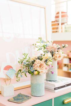 10 Most Simple Tips and Tricks: Vases Interior Bloemen big vases tea lights.Modern Vases With Flowers vases arrangements modern. Concrete Crafts, Concrete Projects, Concrete Garden, Concrete Design, Diy Craft Projects, Diy Crafts, Craft Ideas, Weekend Crafts, Summer Crafts