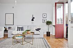 Style and Create - Grey elegance in an apartment from 1934 in Gothenburg   Photo by Swedish broker Lundin Fastighetsbyrå