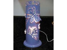 Luminária de PVC.