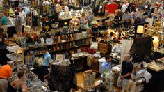 Chicago flea market http://www.randolphstreetmarket.com/
