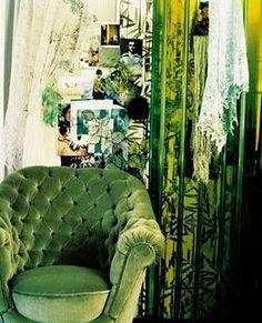Green Velvet Tufted Chair