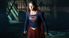 Próximo episódio de Supergirl vai mostrar a heroína enfrentando o Superman Ciborgue