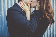kiss engagement photos