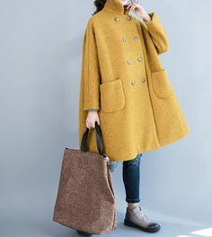 Fabrics; Wool Lining: 100% polyester fiber Color; Yellow, Gray Size M; Shoulder no limit Bust 150 cm / 59 Shoulder + Sleeve 63cm / 25 Length 90 cm / 35.1 L; Shoulder no limit Bust 154 cm / 60 Shoulder + Sleeve 65cm / 25.3 Length 92cm / 36 Have any questions please contact me and I will be happy to help you.