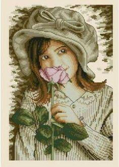 Nena con rosa