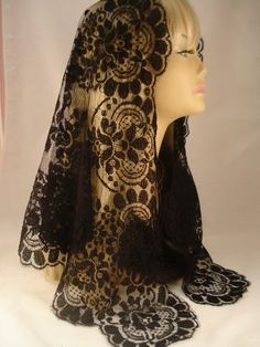 RM Mantilla: The Aurea of Spain Mantilla
