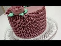 28 Ideas Cupcakes Flower Pot Cake Tutorial For 2019 Cupcake Icing, Fondant Icing, Cupcake Cakes, Cupcake Flower Pots, Flower Pot Cake, Easy Cake Decorating, Cake Decorating Techniques, Chocolate Birthday Cake Decoration, Anniversary Cake Designs
