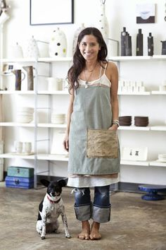 My must-have of the moment is the Japanese apron.  Blame it on blogging. One of my favorite blogging artisans is ceramicist Rae Dunn , who...
