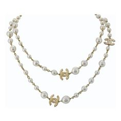 Chanel Pearl Necklace (180 CAD) ❤ liked on Polyvore featuring jewelry, necklaces, accessories, chanel, jewels, pearl jewelry, cream pearl necklace, chanel jewellery and chanel necklace