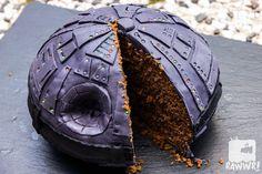 Star Wars Death Star Cake - Look inside