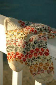 "Ravelry: kadootje's Dootjes socks.  Pattern - Tiit'sSocks pattern by Nancy Bush, ""Folk knitting in Estonia"".  the circles are called goats' eyes."