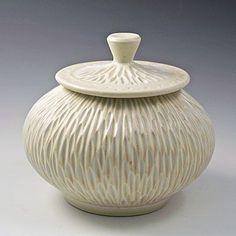 f8d28cd59658899edec4966c9fdd4cc6--ceramic-jars-ceramic-pottery.jpg (400×400)