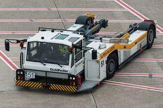 Lufthansa LEOS Goldhofer AST-2 Kfz #51 (854267) | Flickr - Photo Sharing!