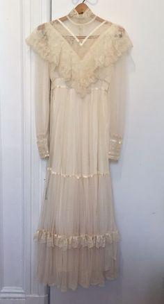 e3a2a72ceb4 Vintage Gunne Sax Wedding Dress Prarie