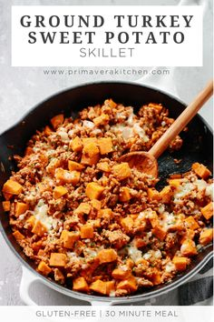 This Ground Turkey Sweet Potato Skillet will be ready to eat in less than 30 minutes and you will be amazed by how flavourful it is It s a perfect one pan meal for your family to enjoy groundturkey sweetpotatorecipe groundturkeyrecipe # One Pan Dinner Recipes, One Pan Meals, Easy Meals, Healthy Turkey Recipes, Paleo Recipes, Cooking Recipes, Easy Ground Turkey Recipes, Ground Turkey Meal Prep, Ground Turkey And Sweet Potato Recipe