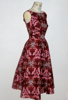 African Print Dresses, Burgundy, Dresses With Sleeves, Trending Outfits, Unique Jewelry, Long Sleeve, Etsy, Clothes, Vintage