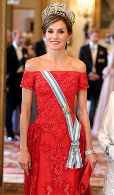 Queen Letizia of Spain poses before a State Banquet at Buckingham Palace on July 12, 2017 in London, England.