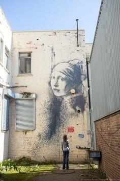 A Guide to Bristol Street Art: Banksy and More! – Finding the Universe - Unterwasserwelt Basteln Bristol Street, Street Art London, Street Art News, Street Art Banksy, Best Street Art, Street Artists, Graffiti Artists, Banksy Images, Street Work