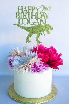 This 'Dinosaur' cake topper is ready to sparkle at your next Dinosaur birthday party! This listing is for 1 cake topper in the color of your choice. #dinosaurparty #dinosaurbirthday #dinosaurcake #caketoppers #affiliate