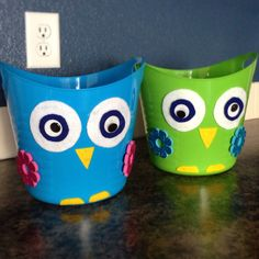 Turned dollar store buckets into owl Easter baskets with a few embellishments and a hot glue gun.  My daughter loves owls so this works perfectly!