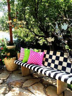 #ChurchPew Makeover Brassyapple.com- sharing my neighbors! #diy #outdoordecor