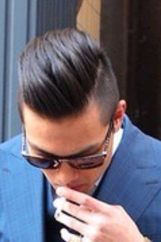 Mens hair 2014 White Blonde Highlights, Honey Blonde Hair Color, Light Blonde Hair, Asian Men Hairstyle, Dope Hairstyles, Moustaches, Kinds Of Haircut, Hot Hair Colors, Haircuts For Men