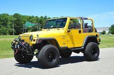 2002 Jeep Wrangler, Jeep Tj, Jeep Truck, Car Brands, Jeep Life, Monster Trucks, Motorcycles, Goals, Sport