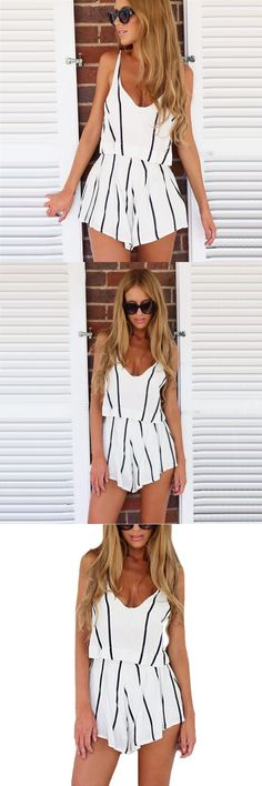 2017 Summer Hot 2 Piece Set Women Tops V Neck Strap Striped Chiffon Tee Shirt Boho Beachwear Sexy Tank Top Women Shorts