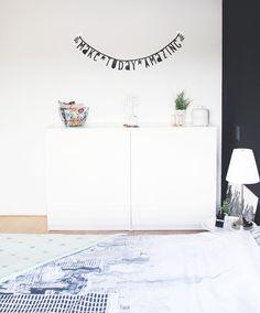 Letter banner interieur - strak interieur slaapkamer | Interieur ...
