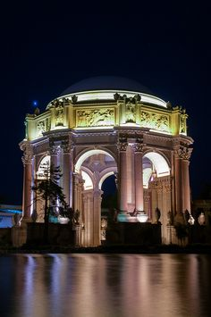 Palace of Fine Arts, San Francisco, CA by Frozen Canuck, via Flickr