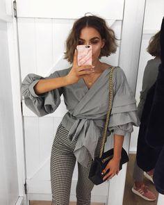 "11.4 k likerklikk, 103 kommentarer – Alicia Roddy (@lissyroddyy) på Instagram: ""Ruffles & wrap ties in this @missyempire shirt - link to it in my bio """