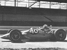 The turbine of Andy Granatelli, driven by Parnelli Jones