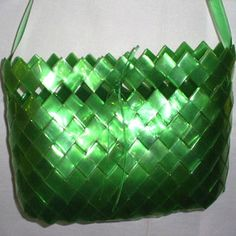 Comment faire un sac avec des bouteilles en plastique