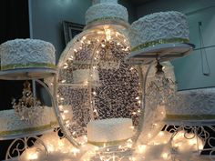 Unique Quinceañera Cakes from the Ontario Expo -