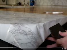 Contact Paper Countertops Full Tutorial And Review - The Nifty Nester Vinyl Countertops, Cheap Kitchen Countertops, Redo Kitchen Cabinets, Countertop Makeover, Diy Concrete Countertops, Kitchen Redo, Painting Countertops, Kitchen Remodel, Diy Contact Paper Cabinets