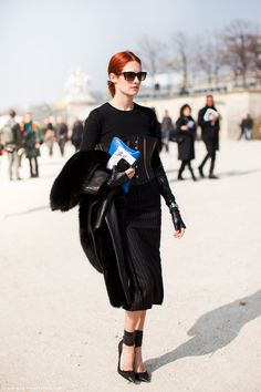 Taylor Tomasi Hill   #sunglasses #style www.foursunnies.com