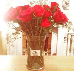 DIY! La recup du contenant de la bougie WoodWick et hop vous voilà avec un joli vase!