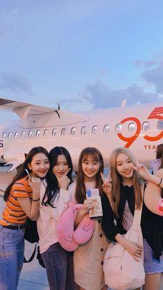 [♡] Extended Play, South Korean Girls, Korean Girl Groups, Your Girl, My Girl, Korean Best Friends, Chuu Loona, Olivia Hye, K Idols
