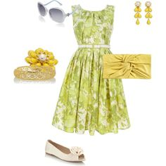 Such a nice Southern girl outfit. Lemon from Hart of Dixie would be so proud.