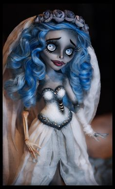 Gorgeous OOAK Custom Monster High Emily the Corpse Bride Tim Burton Silvee Monster High Crafts, Custom Monster High Dolls, Monster High Repaint, Custom Dolls, Corpse Bride Doll, Bride Dolls, Tim Burton, Pretty Dolls, Beautiful Dolls