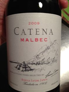 Tried Catena for first time last night at Fleming's. It is an amazingly smooth Malbec. Wine Drinks, Alcoholic Drinks, Wine Education, Wine List, Wine Label, Dionysus, Wine Bottles, Wine Country, Wine Recipes