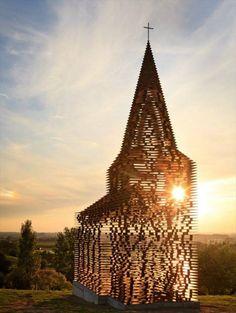 ベルギーのとある教会。角度を変えて見てみると…すげえええ! | BUZZmag