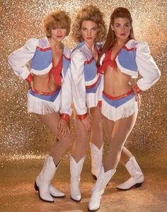 "Houston Oilers cheerleaders - ""Derrick Dolls"""