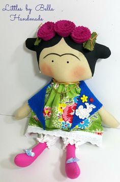 Hecho a pedido - pequeña Frida. Usted puede elegir a la tela para el vestido.  Aquí os presento a los hijos de Frida Kahlo versión estilo, el pintor mexicano conocido por sus retratos, que reflejan su soledad en arte puro. esta muñeca es un tributo a su fama y sus amantes.  Tilda los niños se hacen especiales para usted que tiene amor de Frida... shes es una muñeca decorativa, traerá a su hogar, gran armonía y felicidad a su hogar, estas muñecas son muy lindas, nos dan mucho amor en sus…