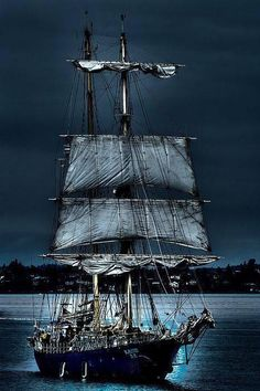 Beautiful #TallShip