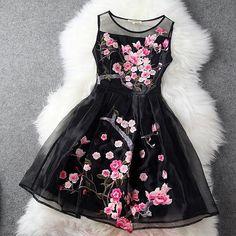 Charming Flower Embroidery Short Skater Dress