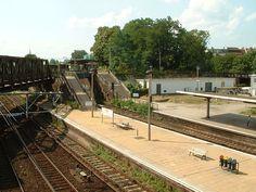 Juni 2006 Die Bahnhofsausfahrt in Richtung Westen des Bahnhofs Ostkreuz